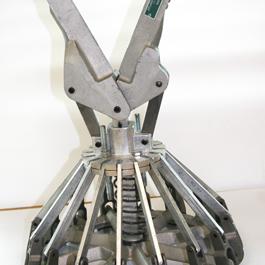 Closing tools